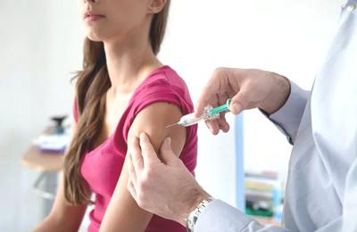 когда делают прививку от столбняка